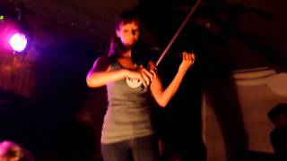 electric violin live act on techhouse, techno