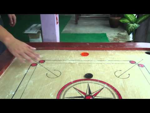 Video – Playing Carrom Board in Pokhara in Nepal