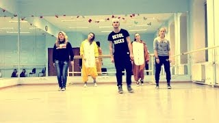 """FEELIN' MYSELF"" - WILL.I.AM, MILEY CYRUS, WIZ KHALIFA 
