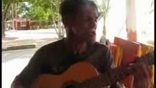 bebado cantando love hurts