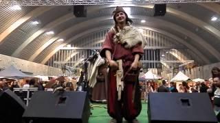 Trolls et Légendes 2013 - Bavar : La danse des pingouins