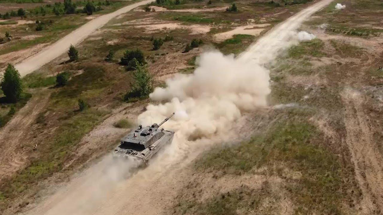 UK Troops • NATO EFP Battlegroup Estonia • Train in Latvia