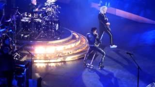 Queen + Adam Lambert - Stone Cold Crazy - Wembley, London 24.02.2015