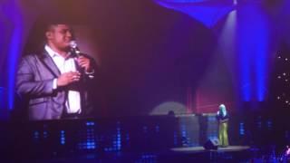 Penonton Terhening saat Titi Dj Duet Dengan Mike Mohede Di acara Tribut To Mike Mohede
