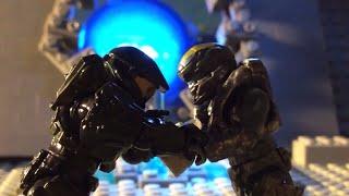 Master Chief VS Spartan Lock In Mega Bloks  (the real Fight)