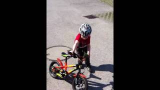 3 year old boy, 1st try on his bike