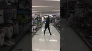 "Crazy Frog (Mannequin Head ""Dance"")"