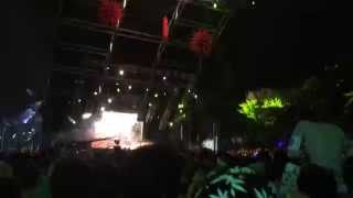 Dillon Francis drops Get Low (DJ Snake) Live at Ultra 2014 Worldwide Stage