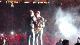 'Mysterious Ways' LIVE by U2 @ TCF Bank Stadium, Minneapolis, MN 23-July-2011