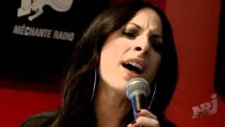"""Marie-Mai chante """"Comme Avant"""" avec Fred St-Gelais dans les Grandes Gueules à NRJ"""