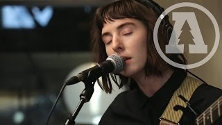 Mothers - It Hurts Until It Doesn't - Audiotree Live (2 of 4)