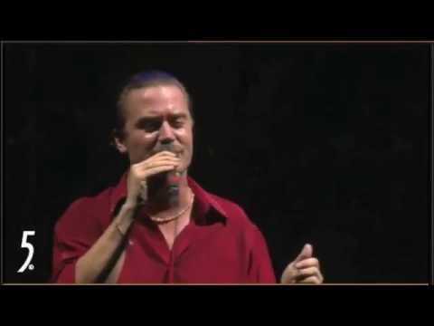 faith-no-more-ben-pro-shot-live-coachella-2010-original-by-michael-jackson-vithovenstyle