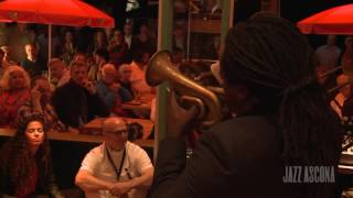 Jamming at Papa Joe's with Shamarr Allen #jazzascona16
