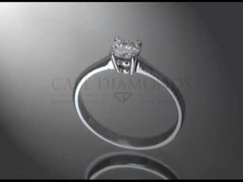 Solitaire ring,round diamond,plain,platinum,engagement ring