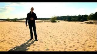 Jannes - Zwevend Naar 't Geluk (Officiële video)