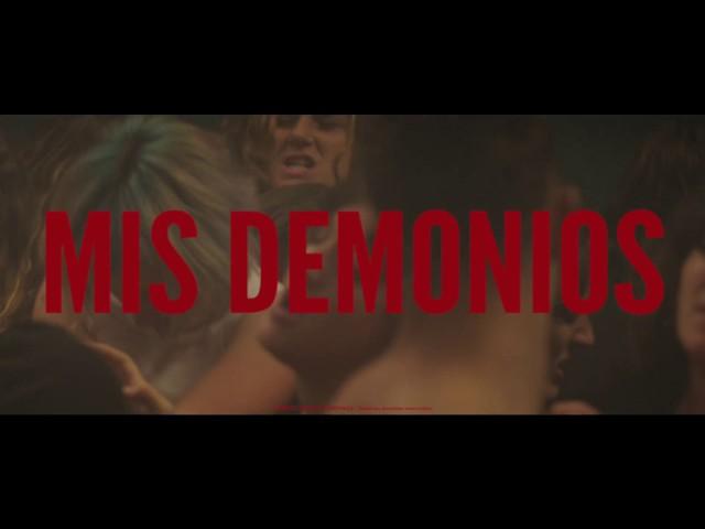 Videoclip oficial para Mis Demonios