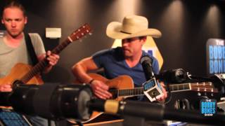 Dustin Lynch - Hold On We're Going Home