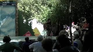 Revolva's short clips of Circus/Vaudeville at Oregon Country Fair