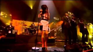 Amy Winehouse - Me and Mr. Jones Mobo Awards 2007.