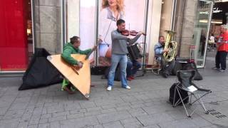 The Compatible Live @Cologne Wallrafplatz - Johann Sebastian Bach - Toccata in d minor