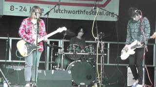 Keep Bringing Yourself Down - Dirty Boots Live @ Letchworth Prom in the Park