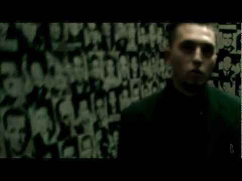 akos-alig-hitted-2002-official-video-akoxvid