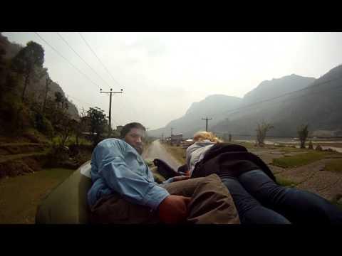 Mit dem Bus durch Nepal