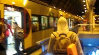 Vitor Borges no comboio dos atrasados (o último dos bodyboarders).