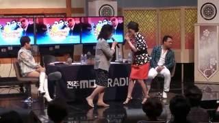 회룡포 가수강민주 팬과함께 전주MBC두시만세 최진희의 별난사랑  2016 10 10 Untitled 01