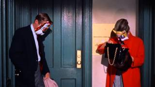 Breakfast at Tiffany's - Best Kiss Ever (15) - Audrey Hepburn