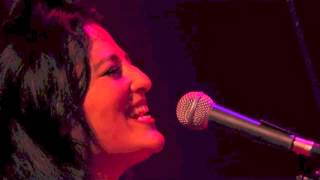 "Laura Furci, Javier Colina, Guillermo McGill- ""Waiting"" live"