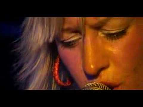 alice-russell-taking-hold-live-in-paris-full-power