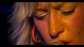 Alice Russell - Taking Hold - Live in Paris