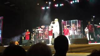 Kool and the Gang Too Hot Live San Antonio TX. 2016  Short Clip of Saxophone  Solo