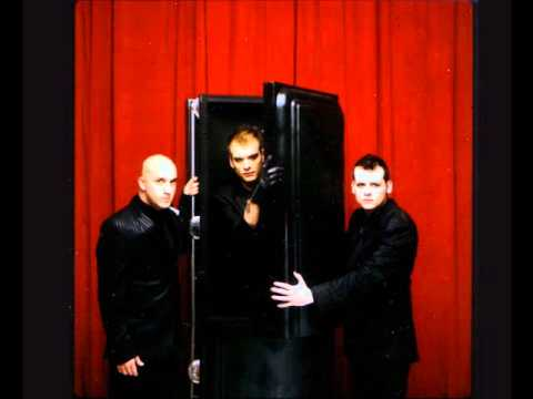 alkaline-trio-all-on-black-acoustic-mirkogreen