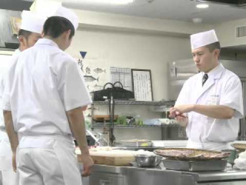 Japon: la souffrance des apprentis sushis