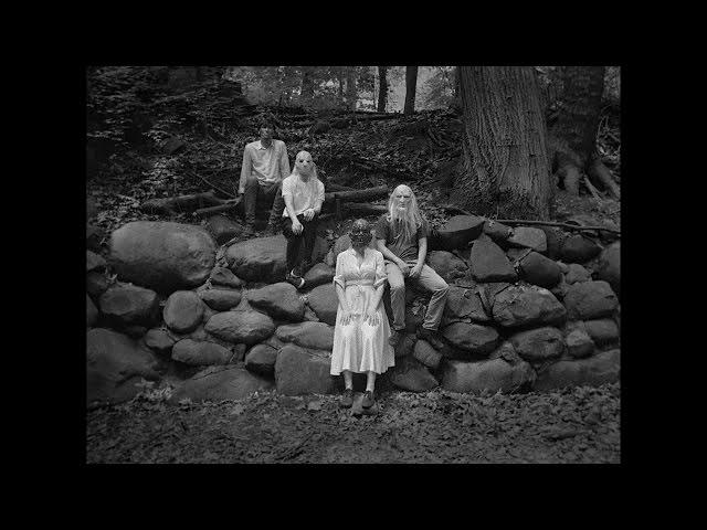 Vídeo oficial de Anxiety de Preoccupations