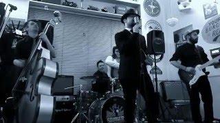 Boom Boom Shakers - live -