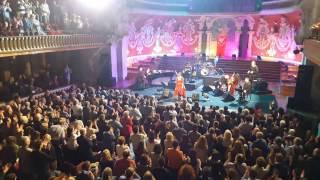 Final concierto Dulce Pontes en Palau de la Música