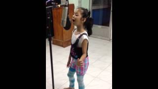 Let it Go Cover by 6yrs old Dindi Delgado