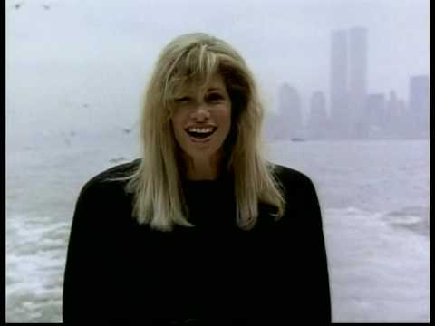 The Lady In Red de Carly Simon Letra y Video