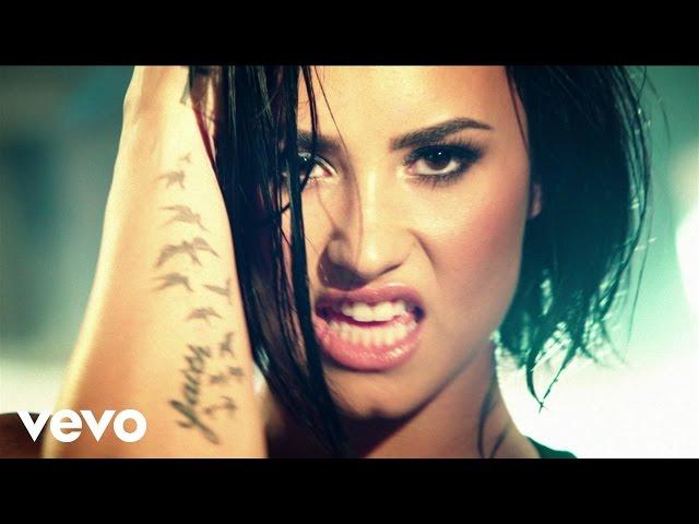 """Video oficial de """"Confident"""" de Demi Lovato"""