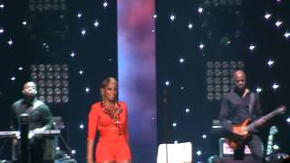 Mary J. Blige - You are my everything / Live Concert in Chicago (Liberation tour) 9/13/2012