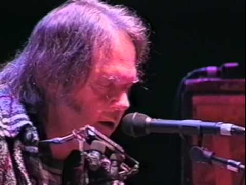 neil-young-silver-gold-10-19-1997-shoreline-amphitheatre-official-neil-young-on-mv