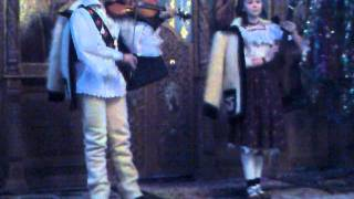 AnaMaria Tomoiaga. Concert COLINDE Biserica Dragomiresti. 3gp