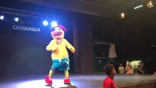Bubi canta la sua canzone al Cieloverde Agosto 2016