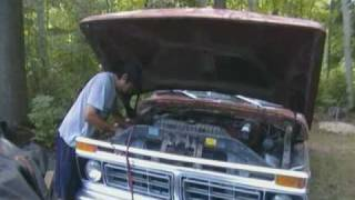 Hot Wire And Cold Start A 1977 Ford F350 Truck.
