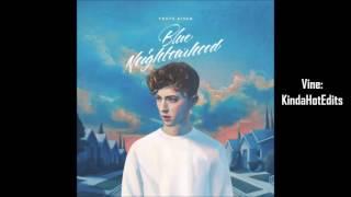 Troye Sivan - BLUE feat. Alex Hope (Empty Arena)