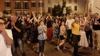 """""""La Farandole de Nice"""" en folie ! Place ST François le 19 mai 2017 avec TchaTchao"""