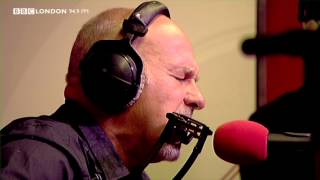 Paul Carrack - When My Little Girl Is Smiling (Live on The Sunday Night Sessions)